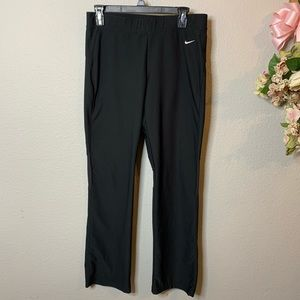 Women's Nike Fit Dry Straight Workout Pants